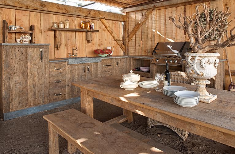 Landelijk wonen keuken en tafel