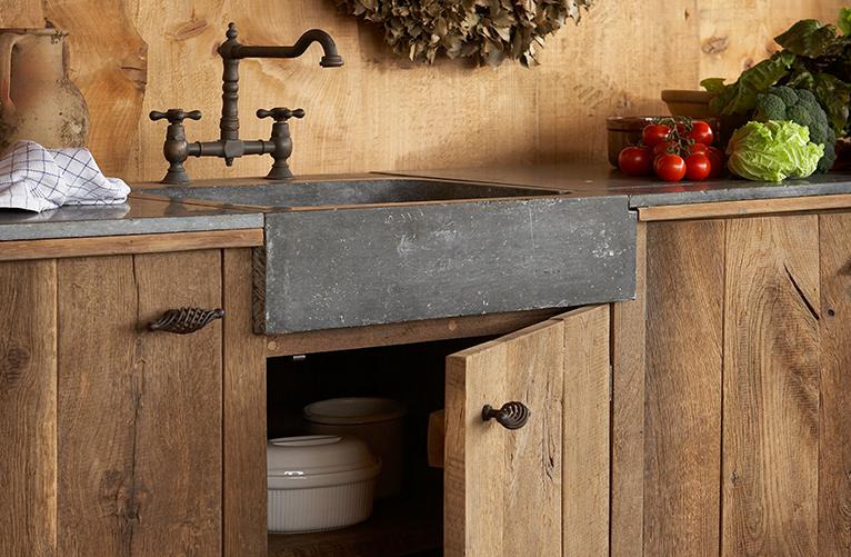 Oud eiken keuken van onbehandeld eiken hout   gebr. de ruiter