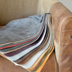 Kleuropties stoelen