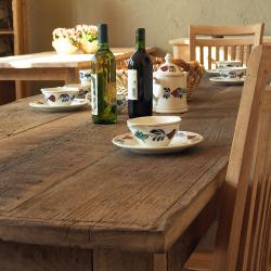 Landelijke woonstijl tafel
