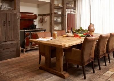 Wonen landelijke stijl tafel oud eiken
