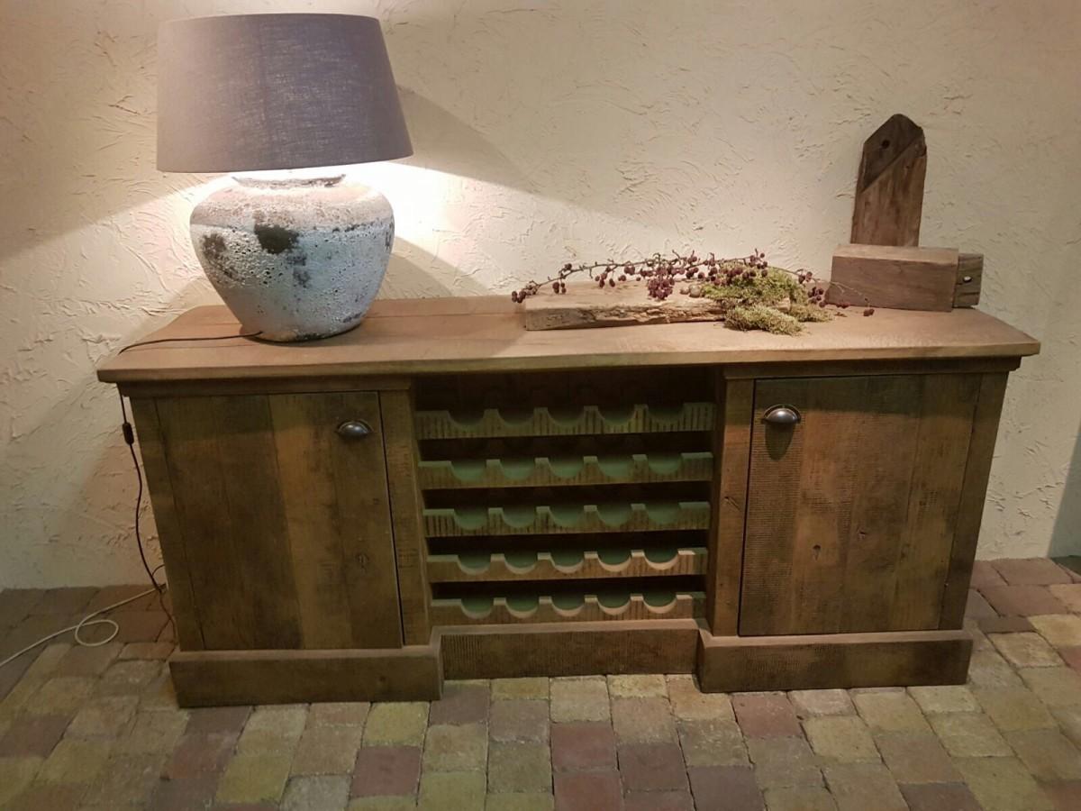 Wijnkast oud eiken